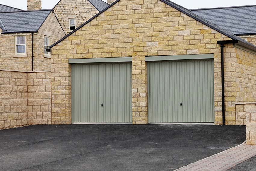 Up Amp Over Garage Doors In Luton Bedford Amp Milton Keynes