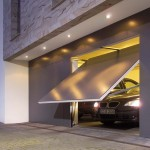 4 Things to Consider When Choosing a New Garage Door